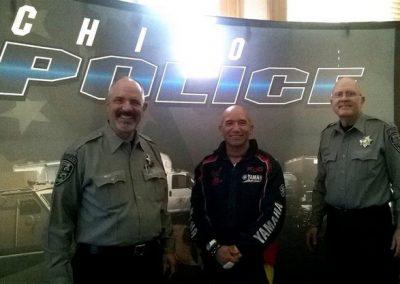dissipline-usa-police-dept-visits-040