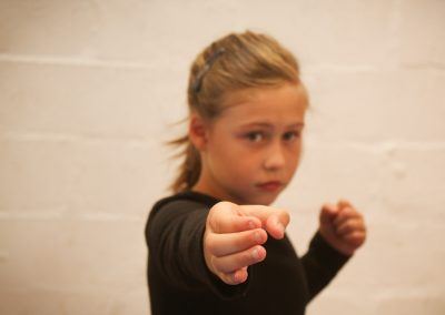 dissipline-classes-self-defence-2